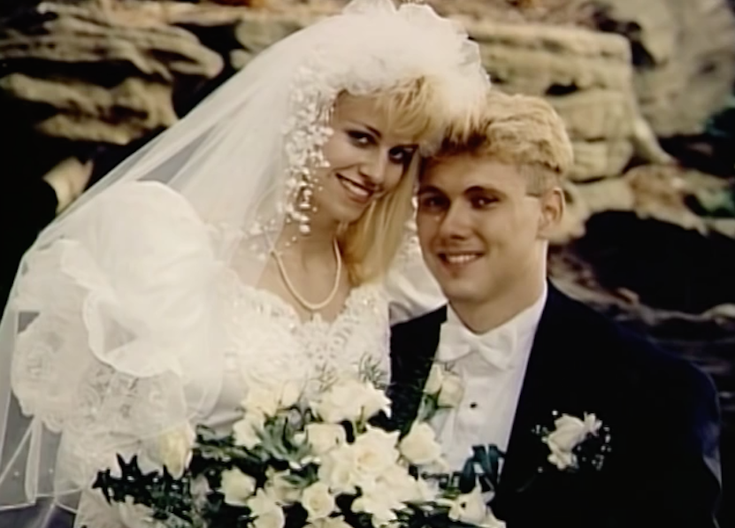 the biased portrayal of karla homolka and paul bernardo by the media The biased portrayal of karla homolka and paul bernardo by the media (2525 words, 8 pages) in the murder cases of convicted rapists and killers karla homolka and paul bernardo, the media framed them in different, yet similarly glamorous ways in which mass media outlets and local outlets headlined them as the infamous ken and barbie killers.